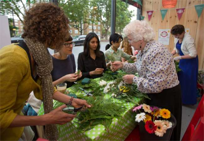 flower craft workshop