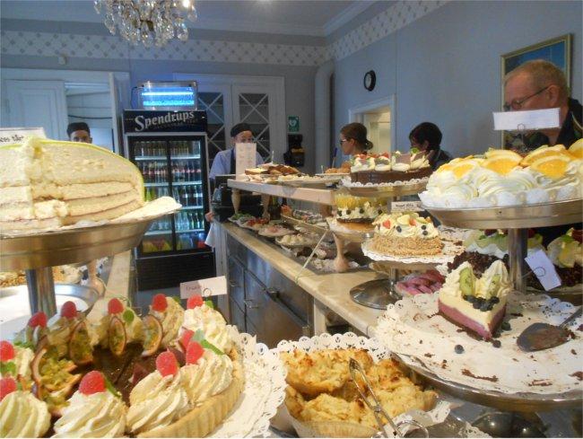 Taxinge Slott cake house