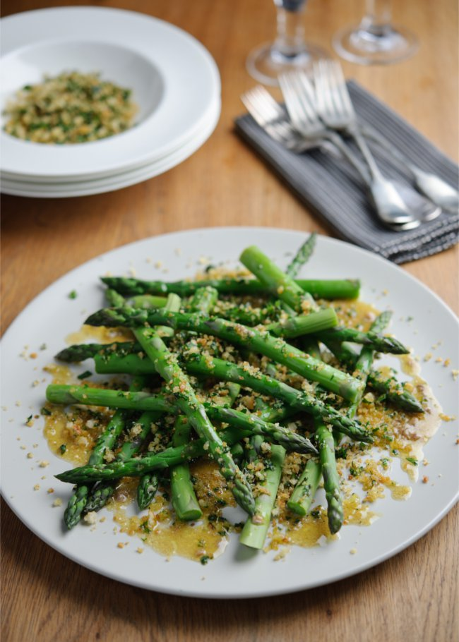 Asparagus with vinaigrette and toasted herby breadcrumb