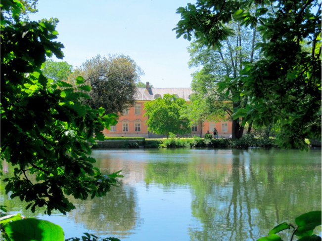 Tredegar House from lake