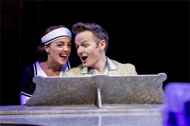 Philippa Stefani and Joe Stilgoe in High Society