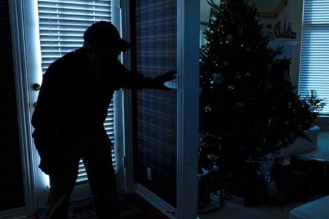 Burglar at Christmas