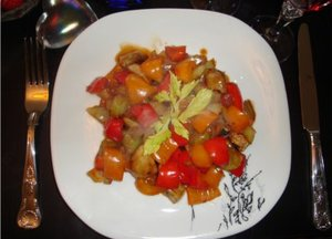Mixed vegetables in garlic and chilli sauce