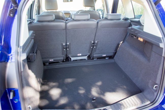 Storage and boot space Ford C-Max 1.5 EcoBoost