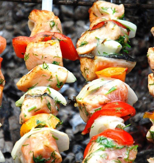 Spicy fish kebabs