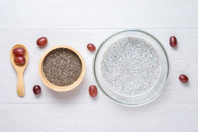 superfoods - chai seeds with milk