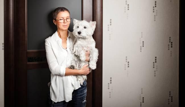 single woman with dog