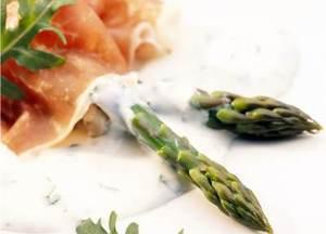 Asparagus, parma ham and herby yogurt