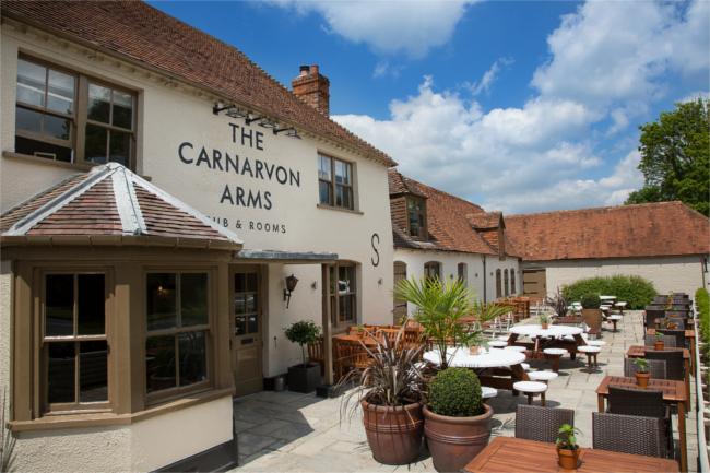 The Carnarvon Arms Hotel