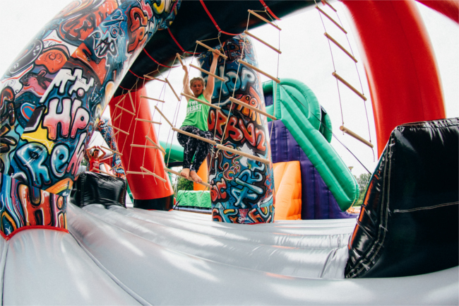 world's largest inflatable obstacle