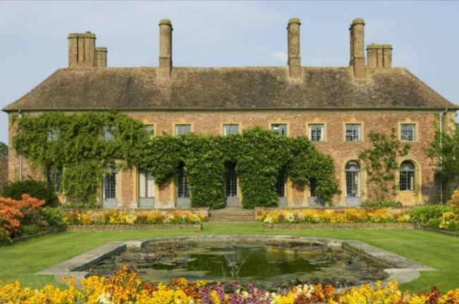 Early summer National Trust garden days out