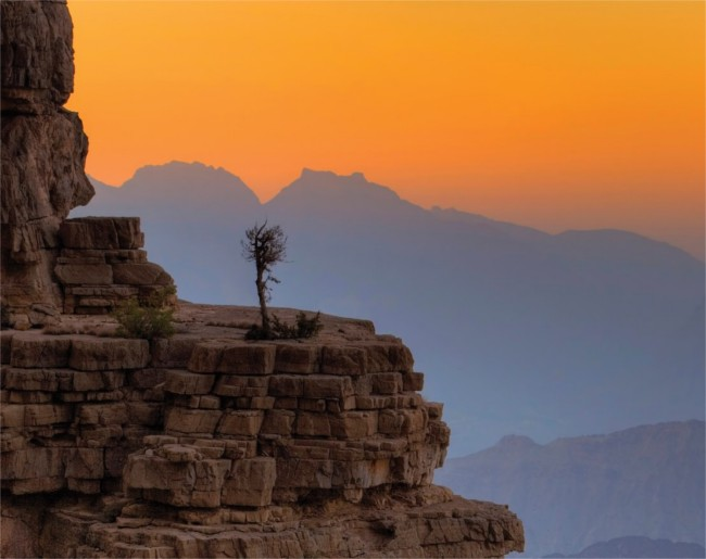 mountains and canyons in Oman