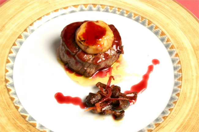 braised bulls tail with Iberico ham and manchego cheese