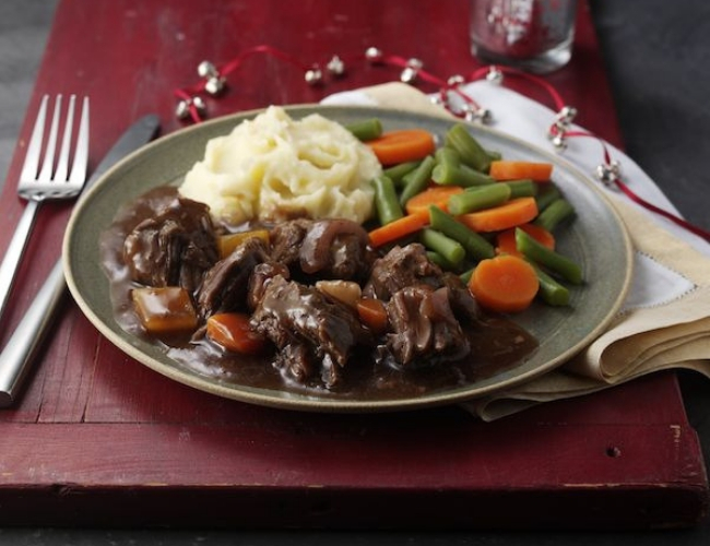 Lamb with Redcurrant & Red Wine Sauce