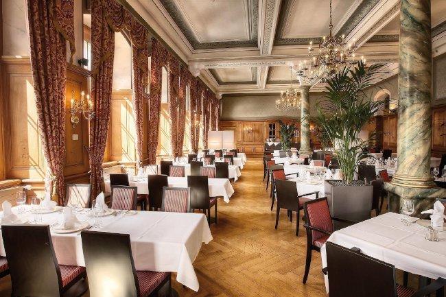 Dining room Hotel Pilatus Kulm