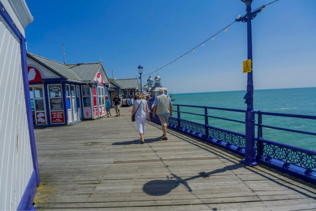 The health benefits of retiring by the sea
