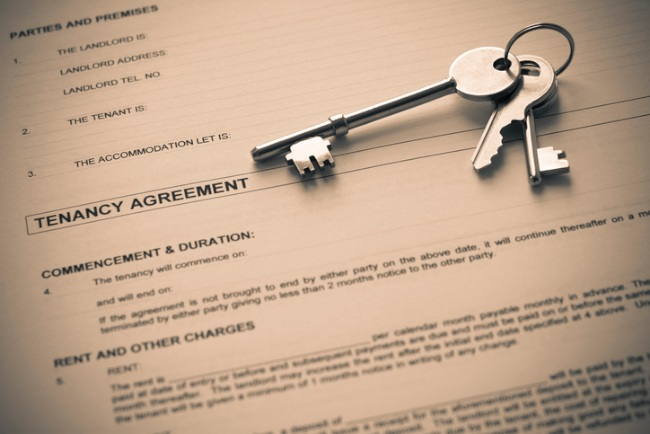Assured tenancy vs assured shorthold tenancy – what's the difference?