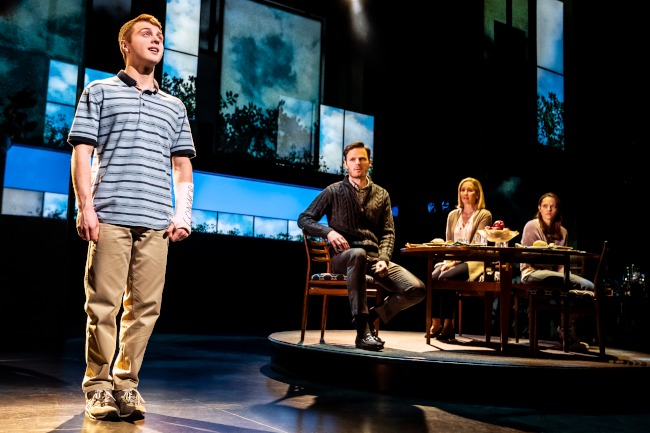 Sam Tutty (Evan Hansen), Rupert Young (Larry Murphy), Lauren Ward (Cynthia Murphy, Lucy Anderson (Zoe Murphy) photo by Matthew Murphy