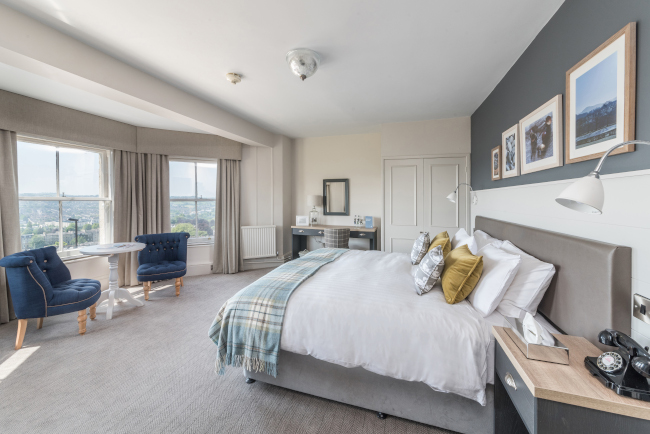 Country Living Lansdown Grove Hotel bedroom suite